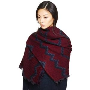 Aritzia Blanket Scarf in Navy Blue and Burgundy